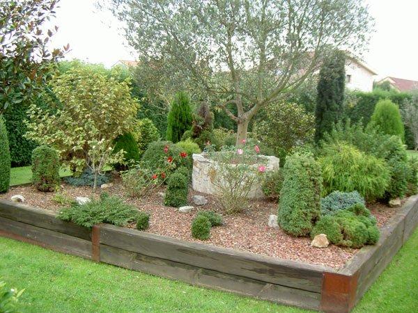 Jardines de casas particulares ideas de disenos for Jardines particulares